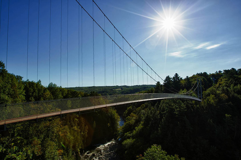 Coaticook pedestrian suspension bridge